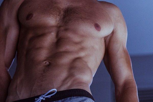Effektives Bauchmuskeltraining verfolgt nicht immer das selbe Ziel.